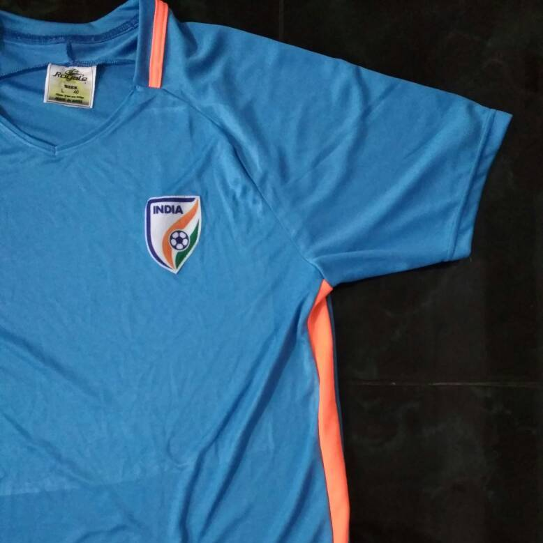 the best attitude d9715 8166f Buy The Indian Football Jersey For 600 Rs | OakShow Jerseys