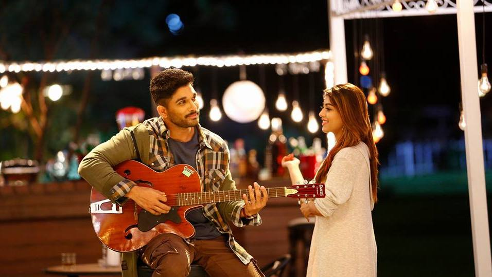 Naa Peru Surya, Naa Illu India Allu Arjun singig by playing guithar for Anu Emmanuel